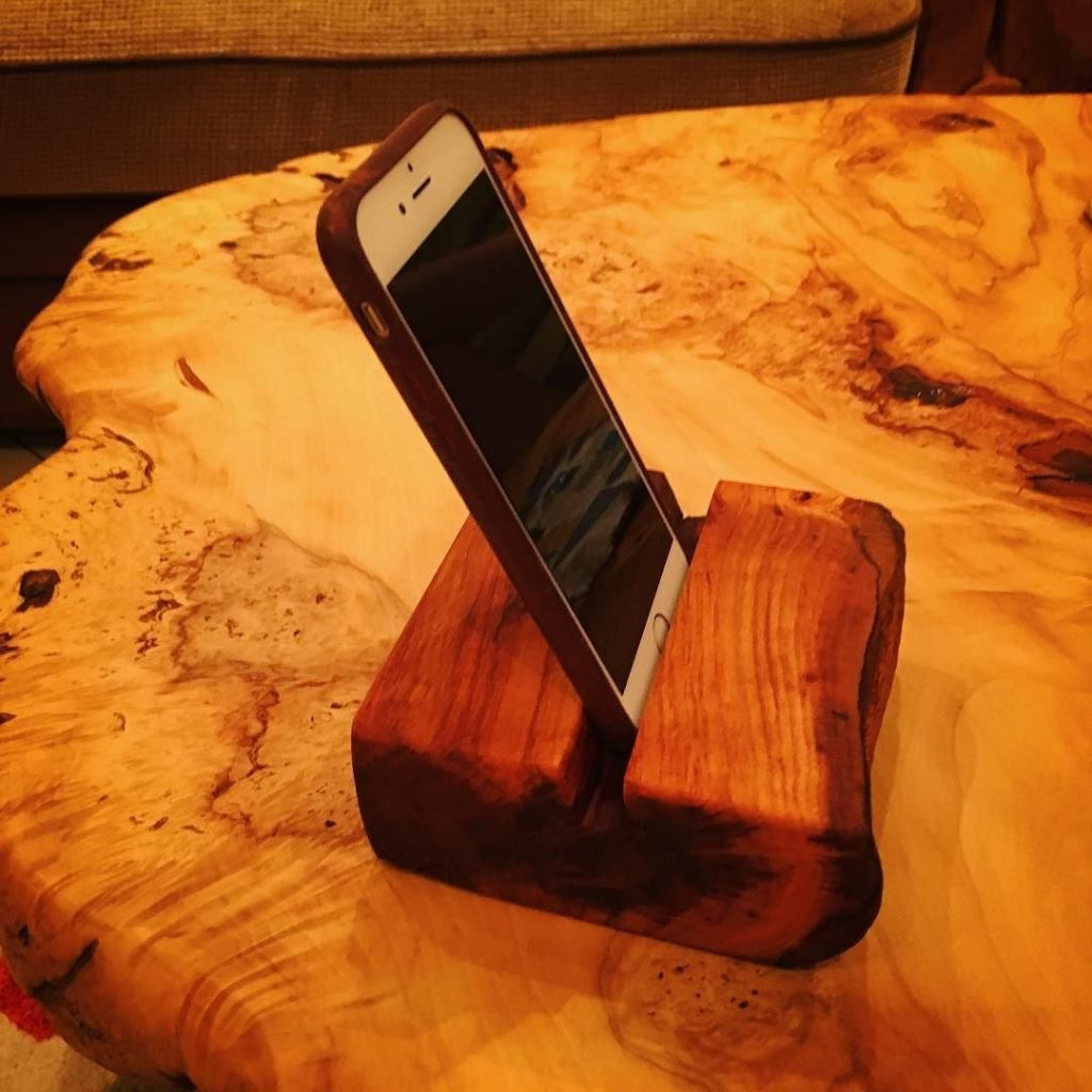 Made a couple of Cherry iPhone holders as presents last week #iPhone #woodworking