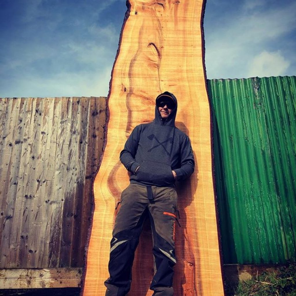 Cedar saved by chainsaw mill. #alaskanmill #sawmillbusiness