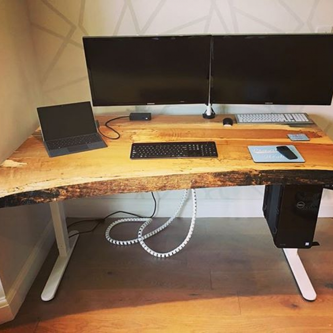 Cracking spalted Beech computer desk when out last week to a very happy customer #granberg #madewithgranberg #granbergambassador #sawmillbusiness