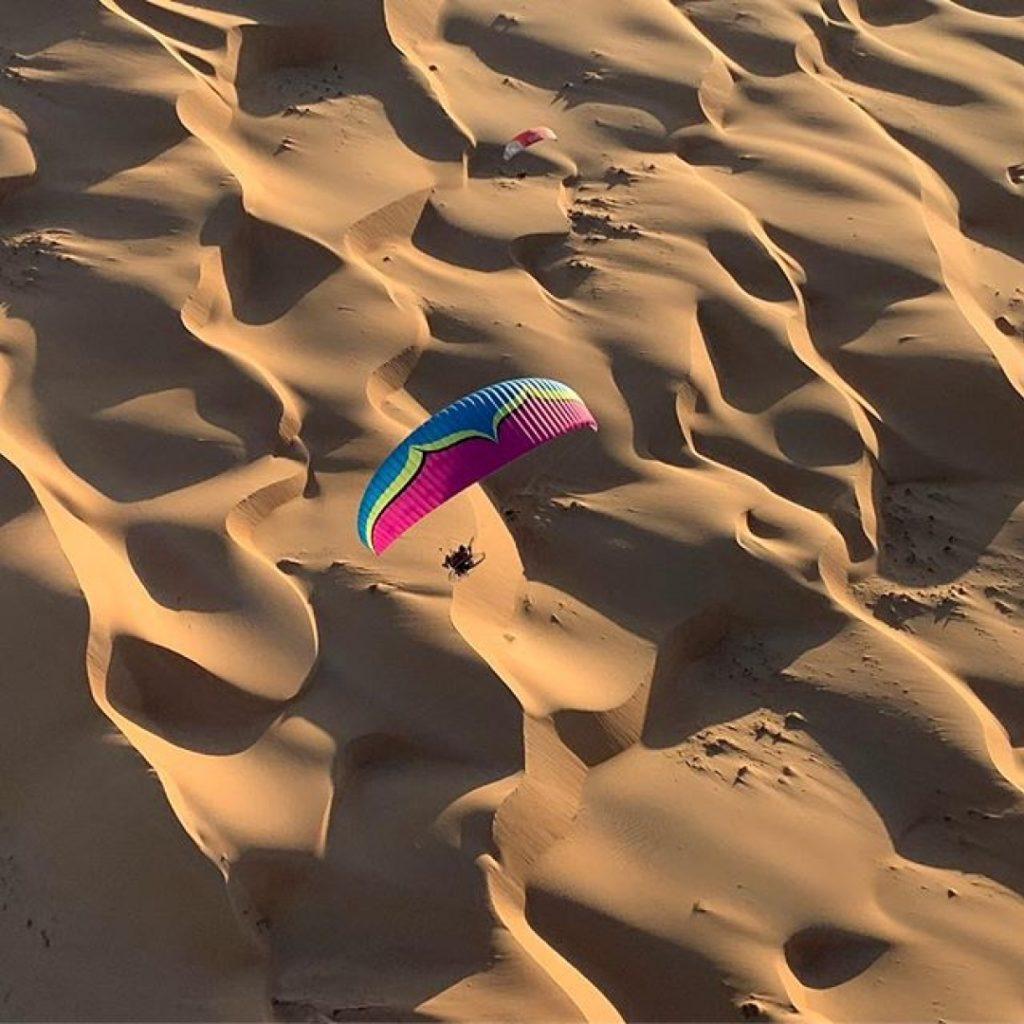 I'm flying in the desert in Oman. #miniplane #flyspain #oman #muscat
