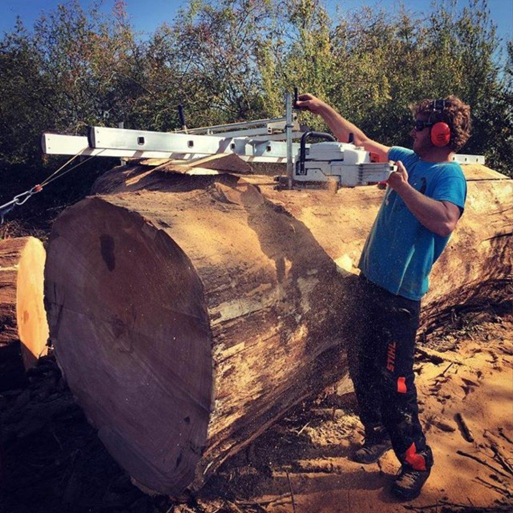Still my most popular YouTube video this massive oak approximately 300 years old. #alaskanmill #granberginternational #sawmillbusiness #oak #maker #makersgonnamake