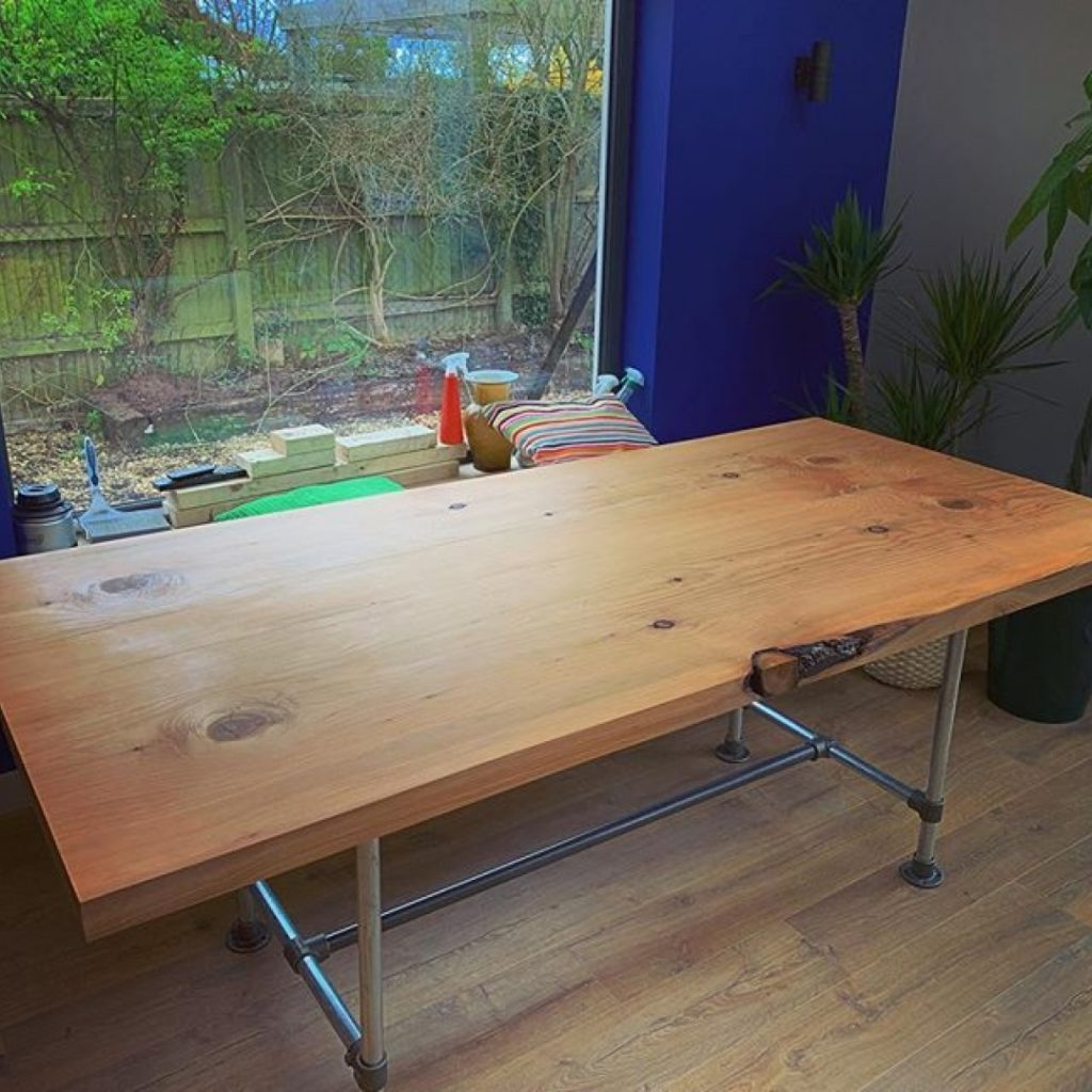 Book matched Cedar table delivered and looking great in its new home. #granberginternational #liveedge #sawmillbusiness #uktimber #designer #uk @granberginternational @sawmillbusiness