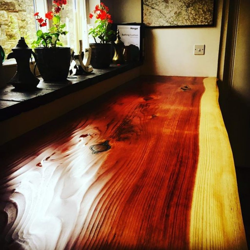 Here's a worktop made from the redwood in yesterday's milling pics. #granberginternational #chainsawmill #designer #interiordesign #arborist #stihl #woodpreneur